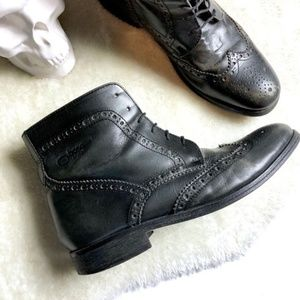 Base London | Brogue Ankle Boot Size 43(10.5)